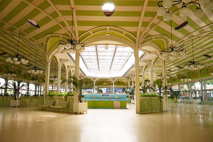 Hall-des-sources-Thermes-de-Vichy.jpg